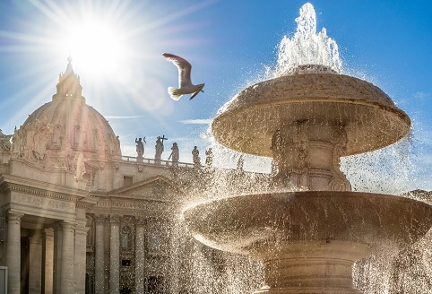 Roma - La Riva destra del Tevere fra sacro ed eroico